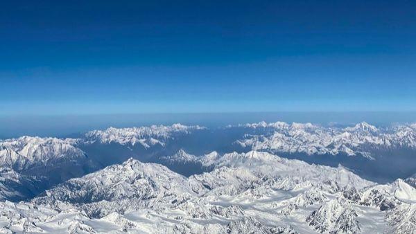 तेजी से पिघल रहे हैं हिमालय के ग्लेशियर, भारत पर आने वाले सबसे बड़े खतरे का बजा अलार्म