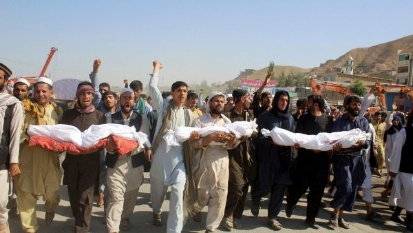 बच्चों के लिए जहन्नुम बना अफगानिस्तान, पिछले 5 साल में हवाई हमलों में 1600 बच्चों की गई जान