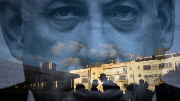 ये भी पढ़ें-अलार्म सिस्टम, स्पेशल बंकर, सेफ हाउस और अजाका...जानिए कैसे दुश्मनों से सुरक्षित रहता है इजरायल