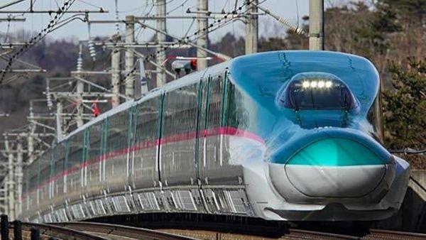 बुलेट ट्रेन को 150 की रफ्तार पर चलता छोड़ ड्राइवर चला गया बाथरूम, जापान की इज्जत का दिया हवाला