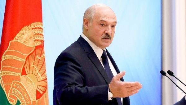 पत्रकार से की ज्यादती की तो बेलारूस पर एक साथ 27 देशों ने लगाया प्रतिबंध, फाइटर जेट से किया था अगवा