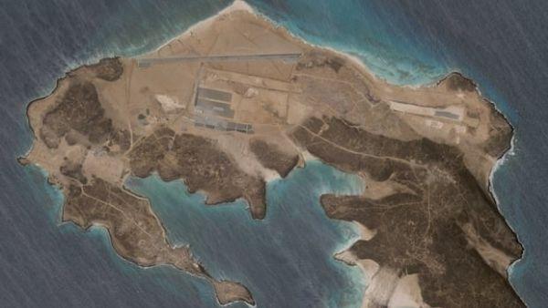 यमन में ज्वालामुखीय द्वीप पर बना रहस्यमयी एयरबेस, किसने बनाया नहीं पता, सैटेलाइट तस्वीरों से खुलासा