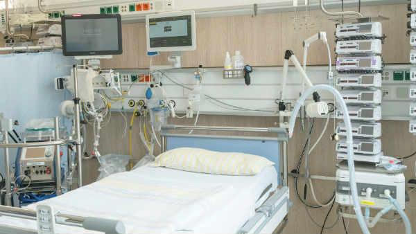 3 बार कराया एंटीजन टेस्ट हर बार रिपोर्ट निगेटिव, युवती ने बताई कोविड से मां की मौत की दर्दनाक कहानी