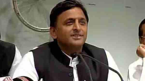 यह पढ़ें:UP Assembly Election 2022: सपा ने अखिलेश यादव को बताया 'कृष्ण', सोशल मीडिया पर जारी किया ये गाना, Video
