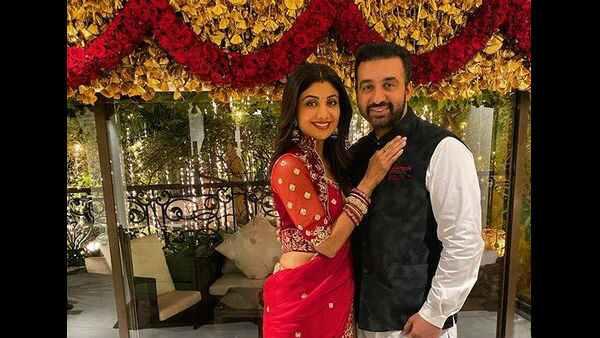 शिल्पा शेट्टी को राज कुंद्रा ने सगाई में पहनाइ थी 4 करोड़ की अंगूठी