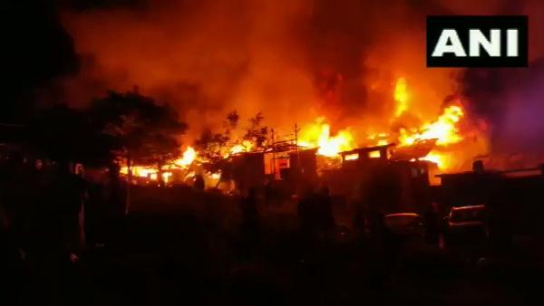 Video: जम्मू-कश्मीर के बारामूला में लगी भयानक आग, कई घर जलकर खाक
