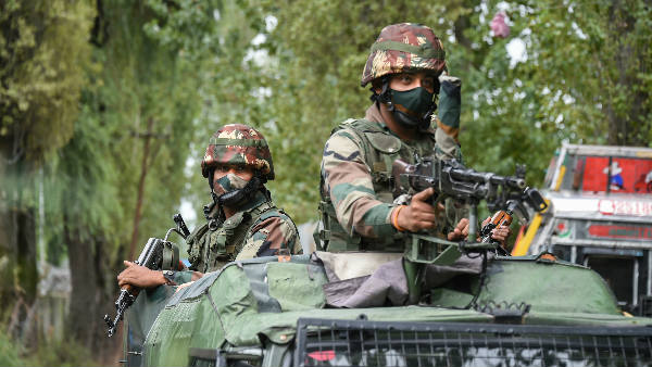 ये भी पढ़ें: कश्मीर के शोपियां में मुठभेड़, एक आतंकी को सेना ने किया ढेर