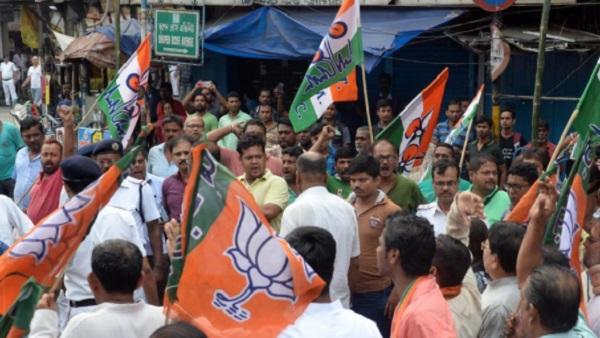 'ममता बनर्जी का कोई मुकाबला नहीं, BJP धोखेबाज है', बंगाल की सड़कों पर माफी मांगते घूम रहे भाजपा कार्यकर्ता