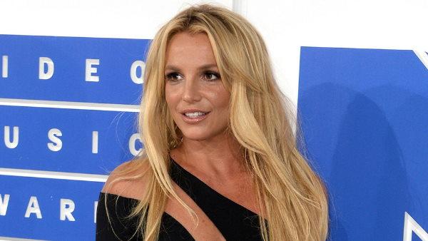 'ब्रिटनी स्पीयर्स के शरीर में है डिवाइस', एक्स बॉयफ्रेंड का सनसनीखेज खुलासा, इसीलिए नहीं बन पा रहीं मां'ब्रिट