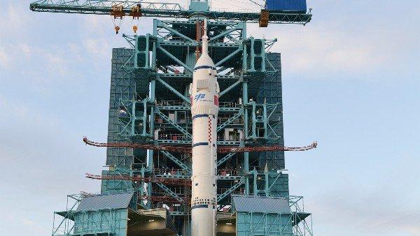 अंतरिक्ष मिशन में चीन का बड़ा कदम, तीन अंतरिक्ष यात्री स्पेस स्टेशन के लिए रवाना, बिताएंगे 3 महीने