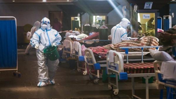 केंद्र सरकार ने खड़े किए हाथ, सुप्रीम कोर्ट में कहा कोरोना पीड़ितों को नहीं दे सकते मुआवजा