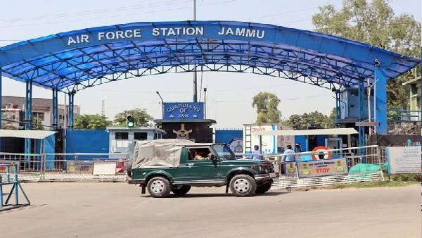 जम्मू एयर बेस ड्रोन हमले में नया खुलासा, 2 सुरक्षाकर्मियों ने आखिरी 30 सेकंड के बारे में बताया