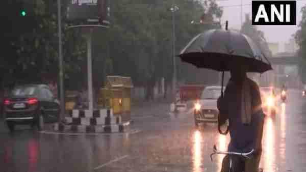 ये भी पढ़ें:- कानपुर में छाए बदल तो लखनऊ में शुरू हुई तेज बारिश, अगले 2 घंटे में यूपी के इन जिलों में हो सकती है झमाझम बारिश