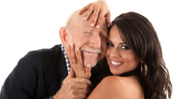 यह पढ़ें: कमजोर भाग्य रेखा करवाती है उम्र से ज्यादा बड़े व्यक्ति से शादी