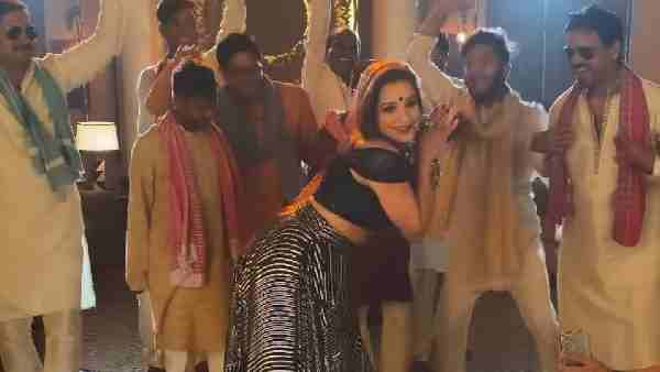 ये भी पढ़ें:- मोनालिसा ने नेहा कक्कड़ और हनी सिंह के सॉन्ग 'Aao Raja' पर किया डांस, वायरल हुआ वीडियो