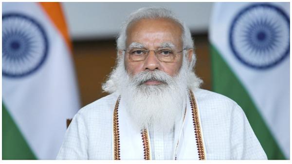 ये भी पढ़ें- PM मोदी शाम 3 बजे जम्मू कश्मीर के नेताओं के साथ दिल्ली में करेंगे बैठक, जानें बड़ी बातें