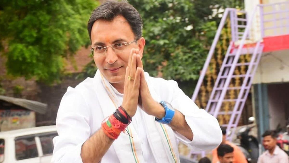 कौन हैं जितिन प्रसाद, जिन्होंने कांग्रेस का हाथ छोड़कर पहना भगवा चोला, जानिए इसके क्या है मायने