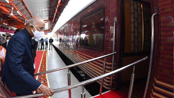 ये भी पढ़ें: 15 साल बाद राष्ट्रपति ने की ट्रेन की सवारी, कानपुर में पैतृक गांव परौंख की यात्रा पर रामनाथ कोविंद