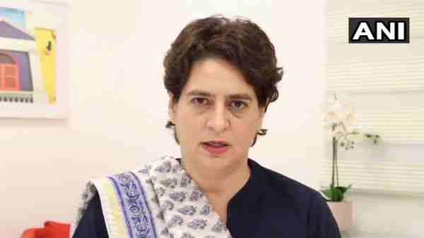 ये भी पढ़ें:- प्रियंका गांधी ने PM मोदी पर कसा तंज, बोलीं- 'डेल्टा+ वैरिएंट देश में दे चुका दस्तक दे चुका, लेकिन...'