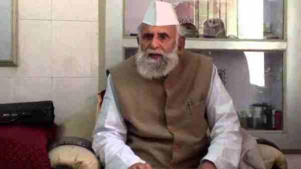 ये भी पढ़ें:- MP शफीकुर्रहमान बर्क ने कोविड पर दिया विवादित बयान, कहा- 'अल्लाह के सामने रोकर-गिड़गिड़ाकर मांगनी होगी माफी'