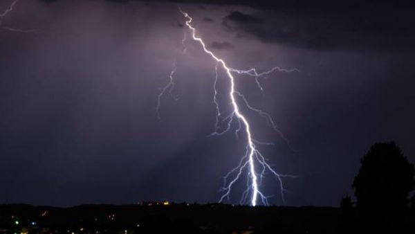 पश्चिम बंगाल के कहर बनकर टूटी आकाशीय बिजली, 9 लोगों की मौत