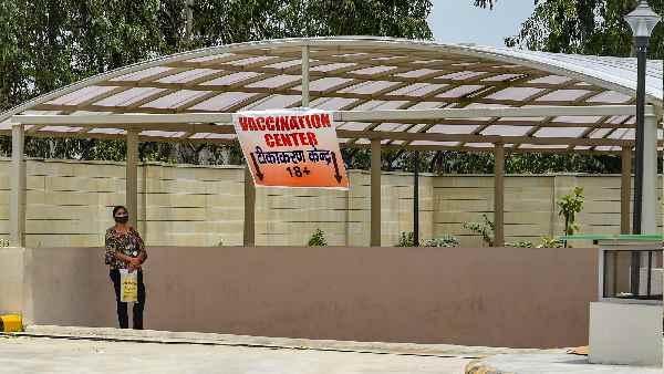 Vaccine shortage:कैसे दिल्ली-एनसीआर वालों ने यूपी में खोज लिया आसान जुगाड़ ? जानिए