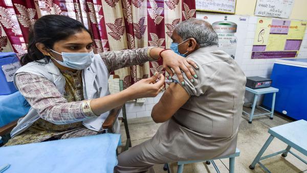 स्टडी में बड़ा खुलासा, भारत में टीके लगवाने वालों में ज्यादा हो सकता है ब्रेकथ्रू इंफेक्शन