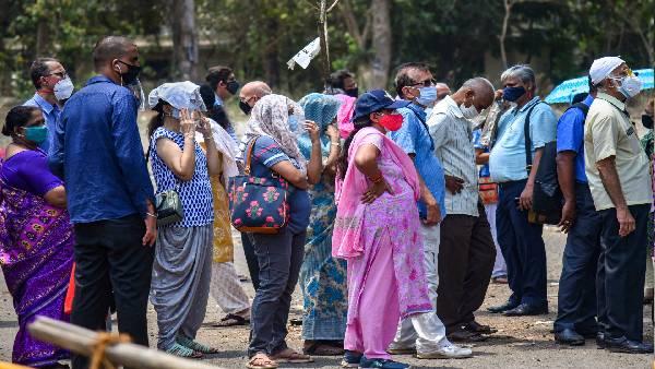 भारत में टीकाकरण की रफ्तार धीमी, 5 महीने में सिर्फ 3.3% आबादी को लगा कोरोना का टीका
