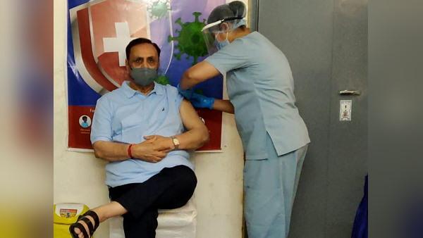 गुजरात: एक दिन में कोरोना के अब सिर्फ 135 मरीज मिले, सरकार का दावा- वैक्सीन की 2.30 करोड़ डोज दी जा चुकीं