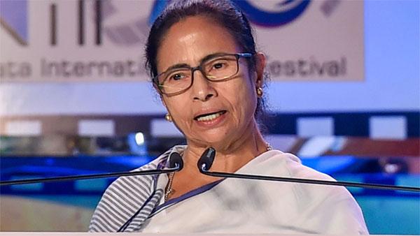 आर्टिकल 370 को लेकर बोलीं ममता बनर्जी- सरकार के इस फैसले से देश विश्व स्तर पर कलंकित हुआ