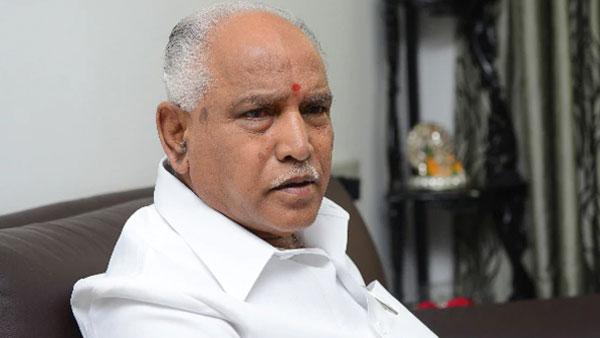 कर्नाटक में फिर राजनीतिक नाटक शुरू, BJP विधायक बोले- येदियुरप्पा सरकार चलाने की हालत में नहीं
