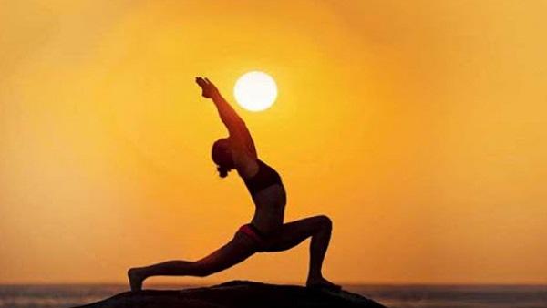 International Yoga Day 2021: कोरोना काल में एंजायटी का हो रहे हैं शिकार, तो करें ये 5 योगासन