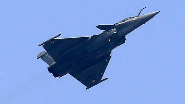 इसे भी पढ़ें- चीन की नई चाल, लद्दाख के पास तैयार कर रहा है नया फाइटर एयरक्राफ्ट बेस