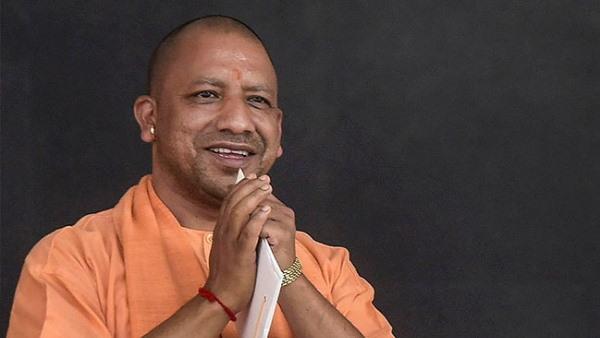 सर्वे: यूपी की जनता ने फिर जताया भाजपा में विश्वास,CM के रूप में योगी आदित्यनाथ को बताया सर्वश्रेष्ठ