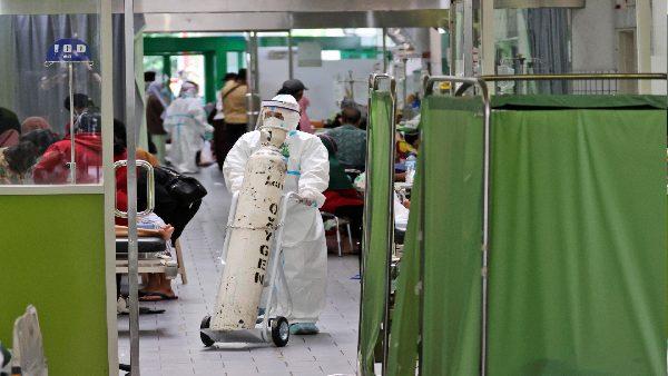 भारत का पहला डराने वाला केस! लेडी डॉक्टर कोरोना के 'अल्फा' और 'डेल्टा' वैरिएंट से संक्रमित