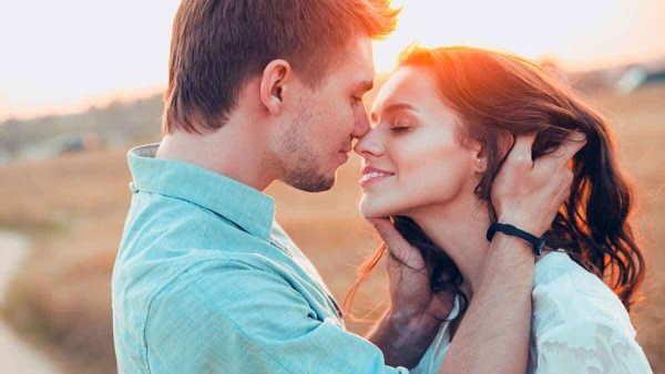 रिलेशनशिप: 5 जरूरी बातें, जो बनाती हैं आपको बेहतरीन पार्टनर