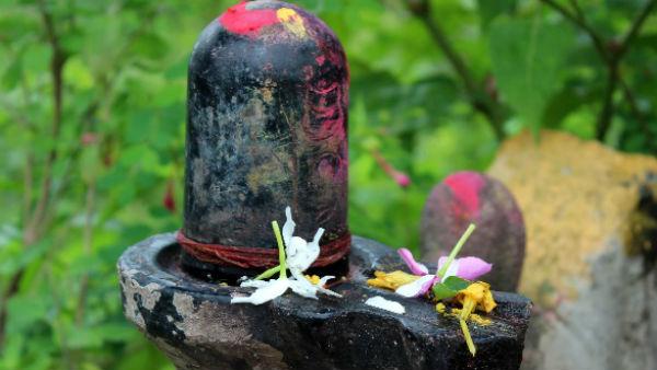 यह पढ़ें: Sawan 2021: श्रावण में करें संयमों का पालन, मिलेगी शिव की कृपा