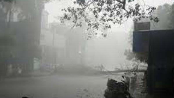 यह पढ़ें: Weather: दिल्ली में मानसून का इंतजार, रत्नागिरी में जारी हुआ 'Red Alert', हिमाचल में फटा बादल