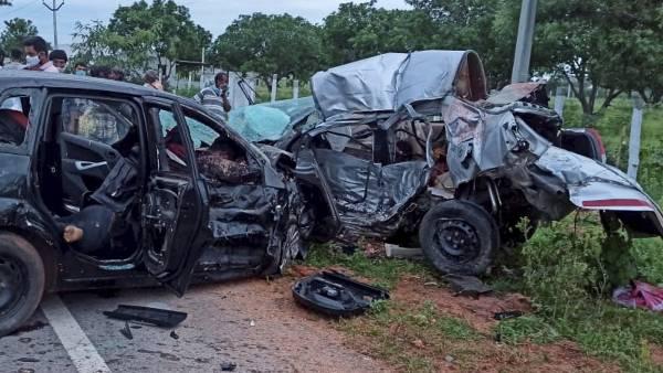 तेलंगाना के नगरकुरनूल जिले में भीषण हादसा, 7 की मौत, पीएम ने जताया दुख