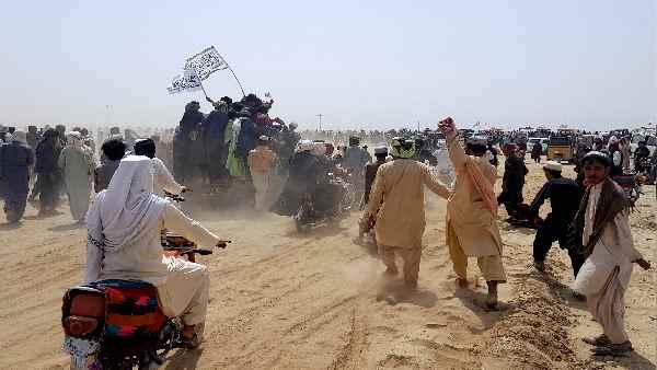 इसे भी पढ़ें- तालिबान की आक्रामकता से बेबस हुआ अफगानिस्तान, आर्मी चीफ का भारत दौरा रद्द
