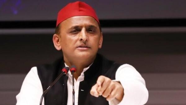 अखिलेश का यूपी सरकार पर हमला, कहा- पैसे और प्रशासनिक ताकत से चुनाव में हेराफेरी कर रही BJP