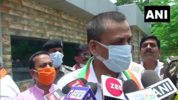 आतंकवाद: अखिलेश यादव के बयान से मचा बवाल, गृह राज्य मंत्री बोले- सपा प्रमुख को देशहित की समझ नहीं