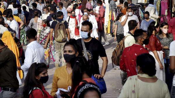 ये भी पढ़ें: महाराष्ट्र में 11 दिनों के आंकड़ों ने बढ़ाई टेंशन, एक्सपर्ट बोले- कोरोना का ये ट्रेंड खतरनाक