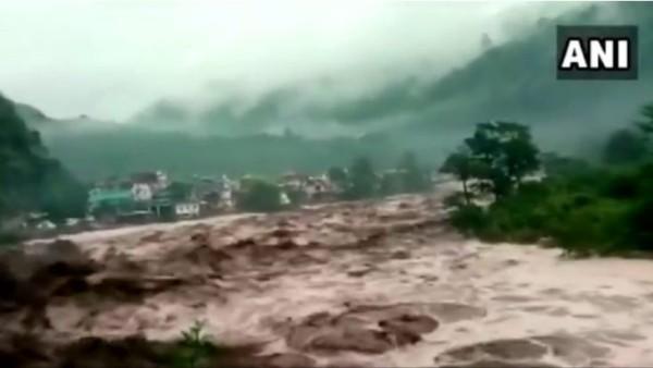 उत्तराखंड में बादल फटने की घटनाओं की रोकथाम के प्रस्ताव का अध्ययन कराएगी सरकार