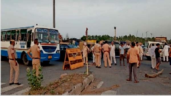 किसान आंदोलन: दिल्ली-हरियाणा बॉर्डर पर 15 किलोमीटर लंबे पड़ाव में बैठे प्रदर्शनकारियों की बिजली गुल, करना पड़ रहा रतजगा