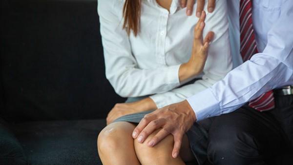7 महिला एथलीट ने कोच पर लगाए यौन शोषण के आरोप, फिजियोथेरेपी के बहाने गलत तरीके से करता था टच
