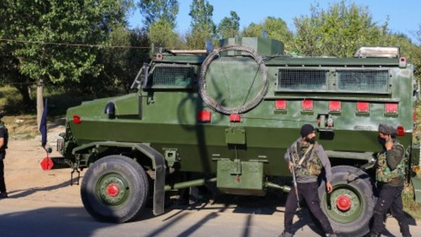 ये भी पढ़ें: कश्मीर घाटी को अशांत करने की साजिश नाकाम, अनंतनाग में मारे गए 3 आतंकी