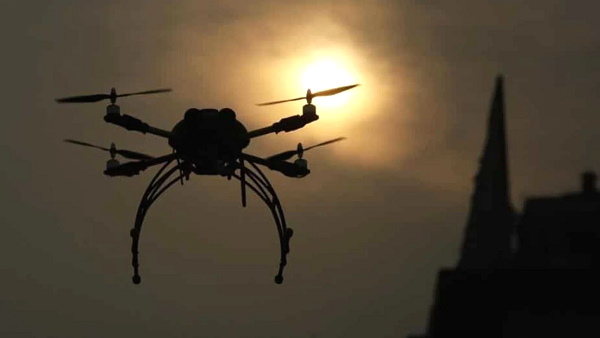 पाकिस्तानी ड्रोन हिंदुस्तान के 50 मीटर अंदर घुसा, बीएसएफ के जवान ने गोलियां बरसाईं तो 1 मिनट में लौटा, अब तक कई बार हो चुका है ऐसा