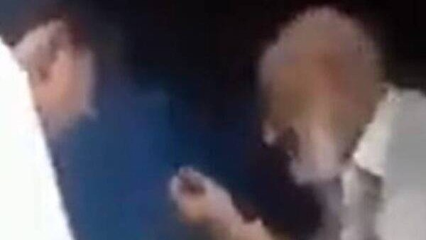 ये भी पढ़ें: लोनी वीडियो केस: बुजुर्ग की पिटाई मामले में यूपी पुलिस का एक्शन, 11 लोगों के खिलाफ चार्जशीट