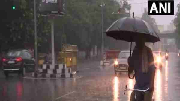 ये भी पढ़ें:- अगले 3 दिन UP के कई जिलों में हो सकती है बारिश, मौसम विभाग ने जारी किया येलो, ऑरेंज व रेड अलर्ट